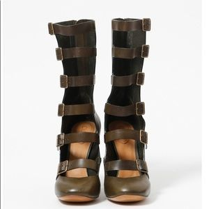 Chloé LEATHER GLADIATOR Boots